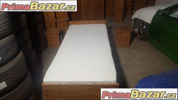 Prodam postele pěkné zachovalé s uložnym prostorem