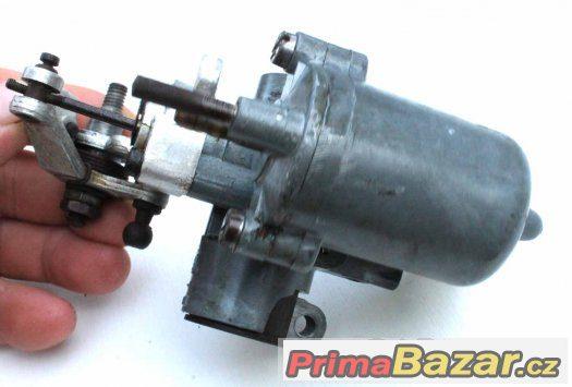 Karburátor na stabilní motor