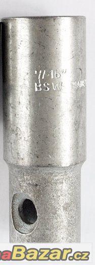 nástrčný klíč na zapalovací svíčky