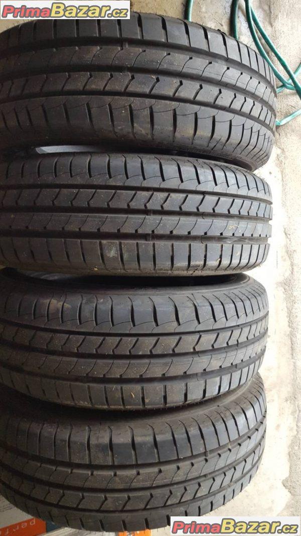 4x zánovní pneu dot06016 vzorek 95% goodyear efficient grip 195/60 r16