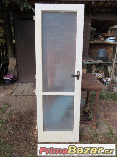 Dveře, panelákové + vstupní
