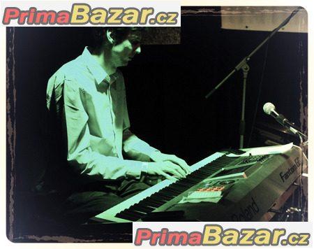 Výuka hry na klavír, klávesy, syntetizér v centru Brna