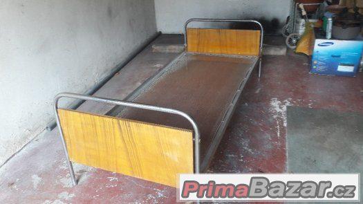 CHrom.retro postel  za 1000 kč