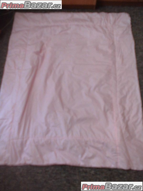 teplá deka na hraní