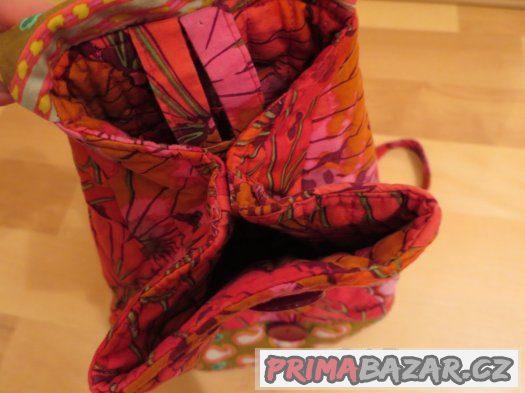 Pestrobarevný látkový batůžek