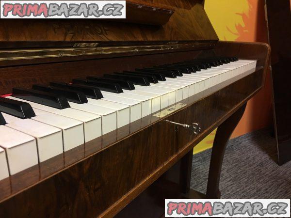 Pianino klavír PETROF