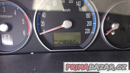 Hyundai SantaFe 2,2CRDi 114kW, 2007, 1.majitel, kůže, tažné