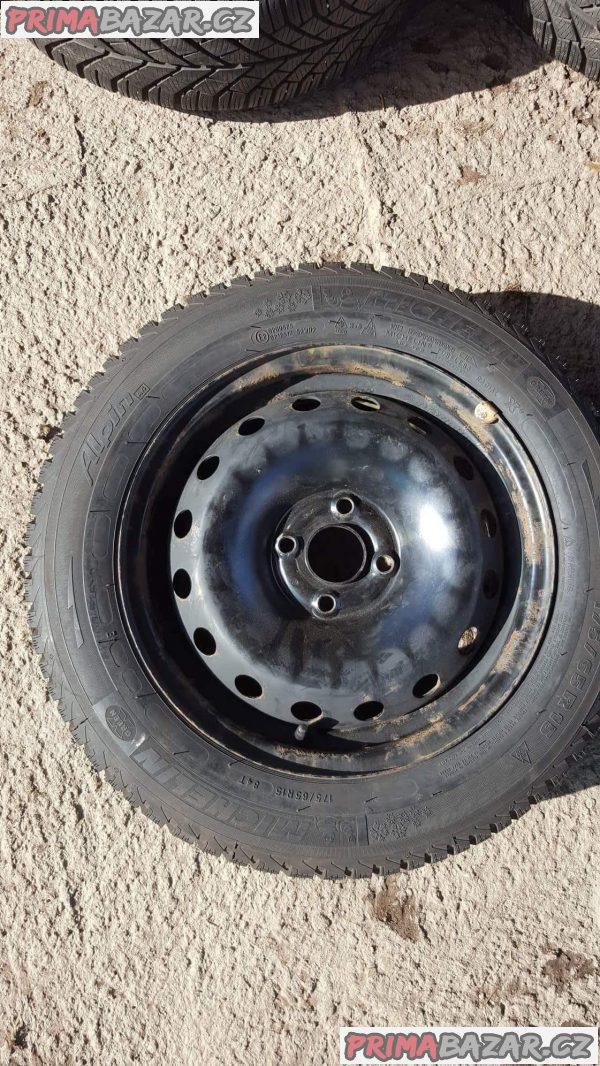 plechové disky plechy 4x100 s pneu michelin 6jx15 et43 175/65 r15