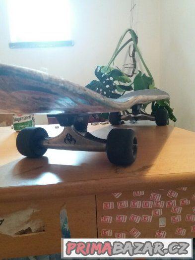 Kolečka na skateboard