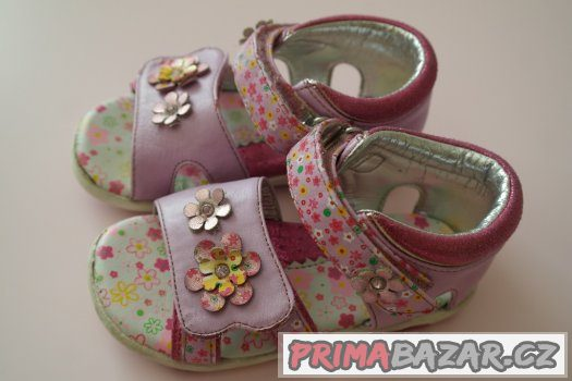sandálky pro holku , stélka 14,5 cm