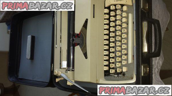 Prodám psací stroj