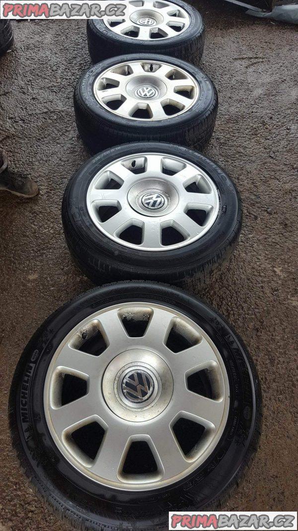 alu kola elektrony Volkswagen 3d0 601 025ag 5x112 7.5jx18 et40 235/50 r15