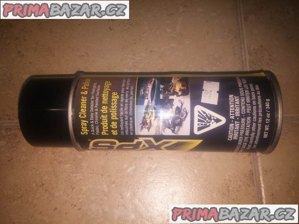xps-spray-cleaner-a-polish-can-am