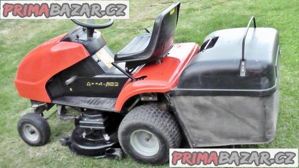 Prodám POLO-profesionální /ČESKÝ!!/ travní traktor Wiskonsin-APR 16-102  - NA OPRAVU - SEŘÍZENÍ ??? /VPŘED JEDE POUZE NA 1.RYCHLOST MÍSTO 9./ = 23 000,-