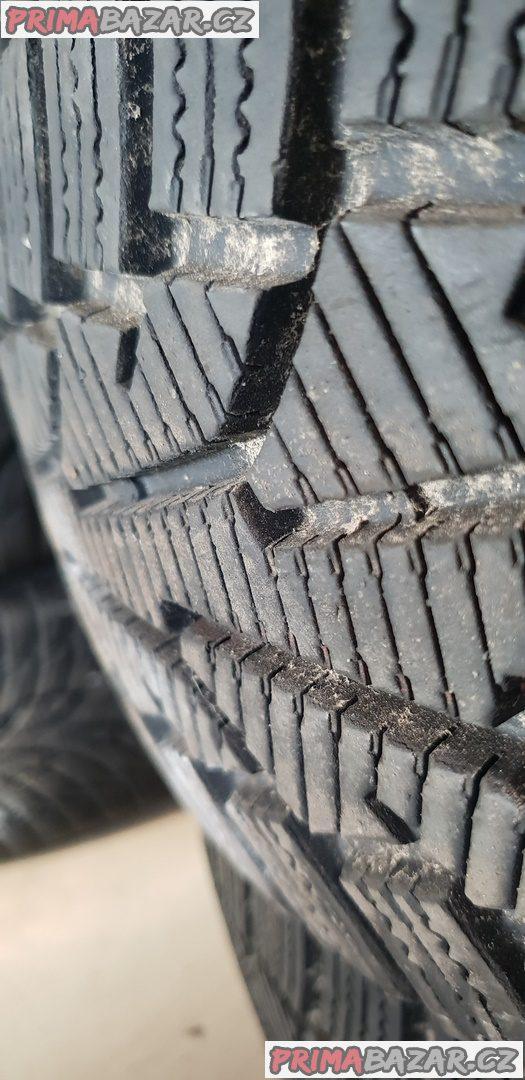 4x pneu nokian wr c 90% vzorek 205/75 r16c 113/111s