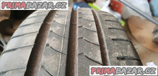 prodám 2xpneu  goodyear efficient dot0716 195/60 r16 89h