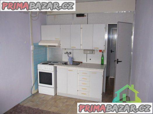 Prodej bytu 3+1/L, 63m2, Obrnice, okres Most
