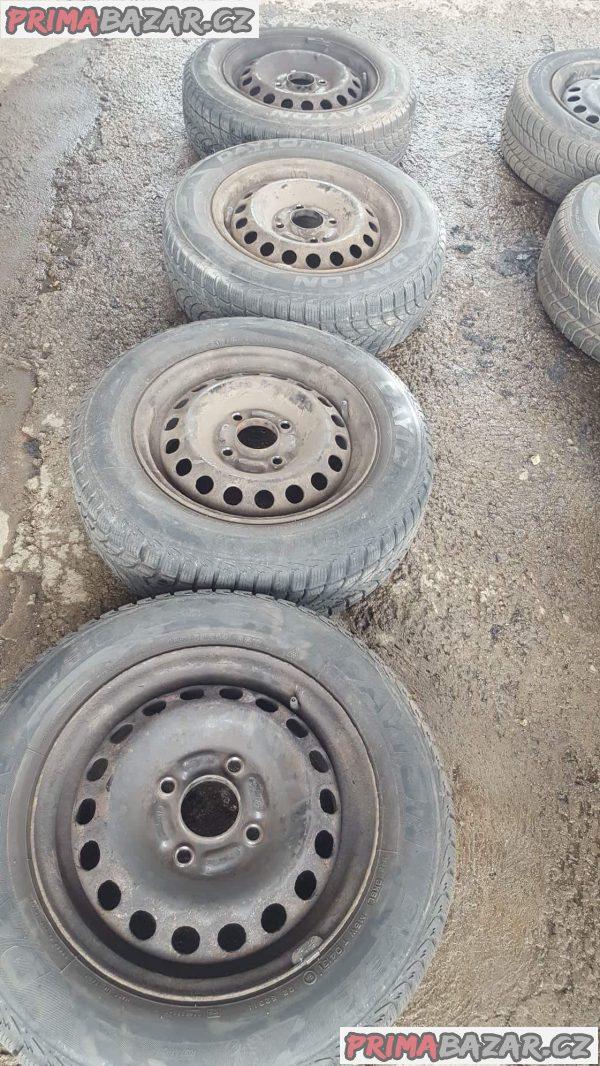 4xplechové disky s pneu dayton 80% vzorek 4x114.3 8.5jx14 et46