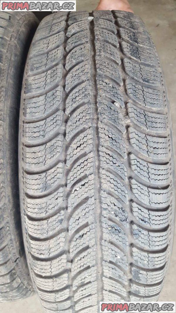 4x plechové disky s pneu pirelli 2x60 a 2x20% 4x100 6jx15 et43 pneu 185/60 r15