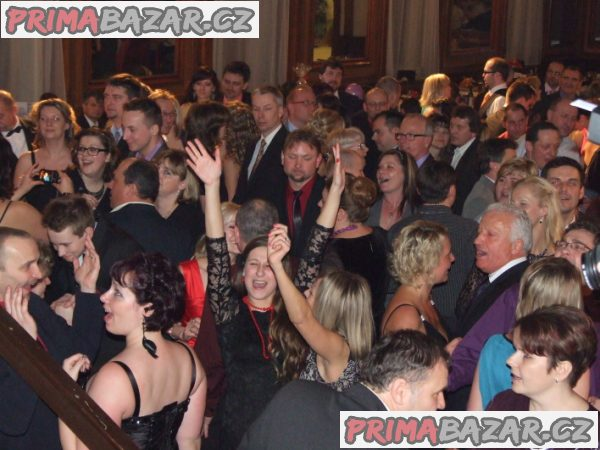 Hudba na svatbu, ples, firemní večírek, živá hudba, kapela na svatbu