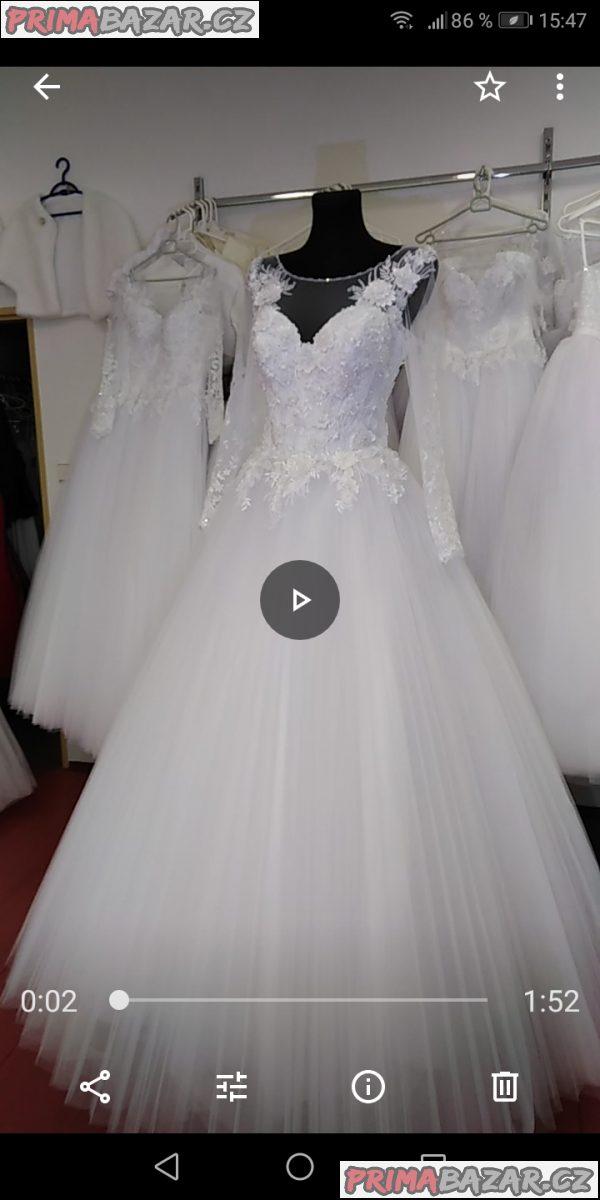 Překrásné svatební šaty!