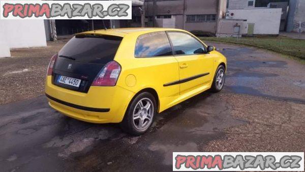 prodám auto Fiat Stilo 1.8 16V, 98Kw, manual, r.v 2003, najeto 230tis, stk 10/19, sportovni vzhled a dopln