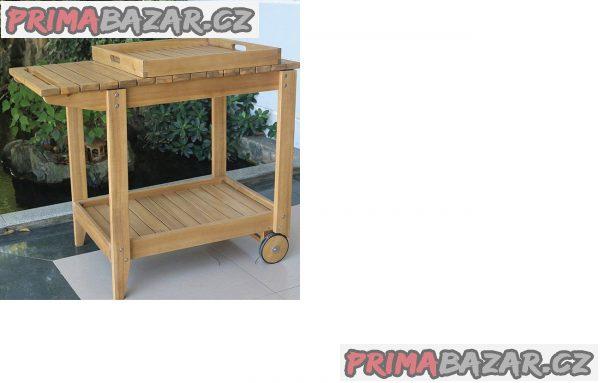prodám nový zahradní servírovací stolek s kolečkama obdélníkový bar dřevěný tácek v ceně hnědý rozměr v,d,š 75x90x50 hmotnost 17.8kg možné použít jako bar vozík stul ke grilu puvodni cena:5490 nyní cena:3490