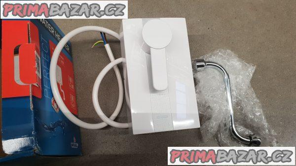 prodám nový 2 roky záruka průtokový ohřívač keramický ventil vodní filtr 3.5kw ,plně elektronické řízení spínání , je vybaveny keramickým směšovacím ventilem , bezprostředně po otevření kohoutku dochází k výtoku horké vody ,