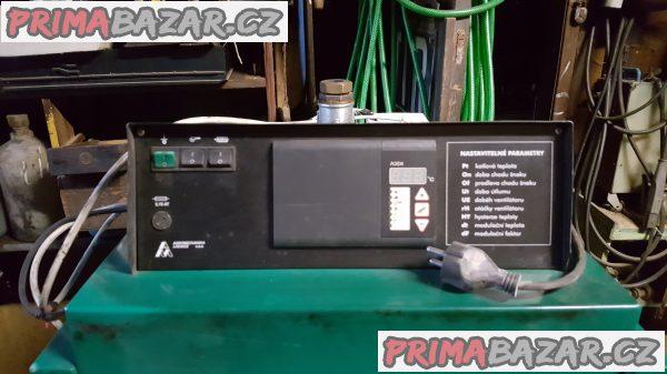 Automatický kotel na tuhá paliva