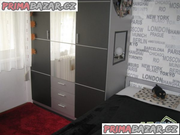 Prodej bytu 2+1 (3+1) - 53m2, zděný dům, OV, zahrada (471m2), Praha 6 – Petřiny, ul. Na Petřinách