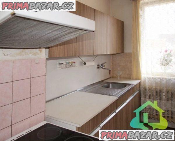 Prodej bytu 3+1 62 m² ulice Dukelská, Benešov - část obce Benešov