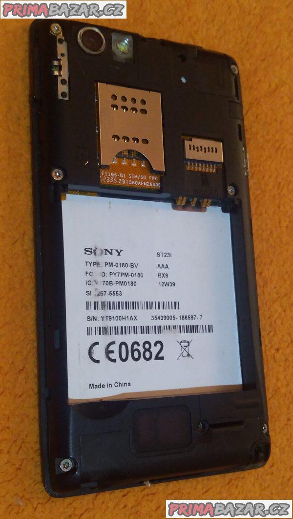 Sony Xperia Miro - k opravě nebo na náhradní díly!!!