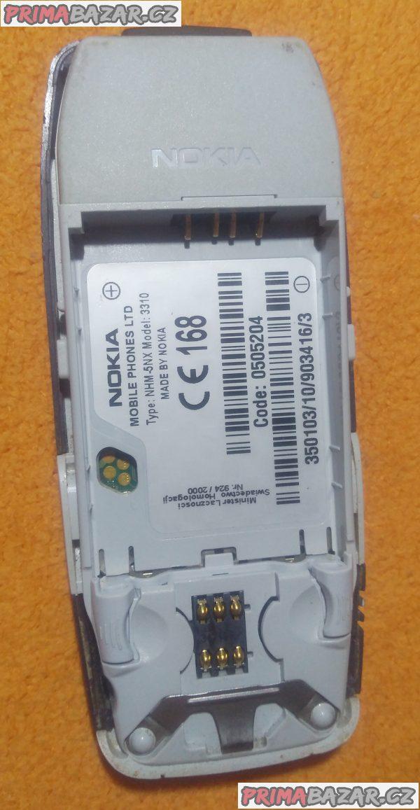 Nokia 3310 - vzhledem jako nová - ale k opravě nebo náhradní díly!!!