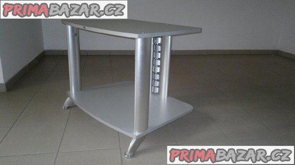 Víceúčelový stolek v perfektním stavu