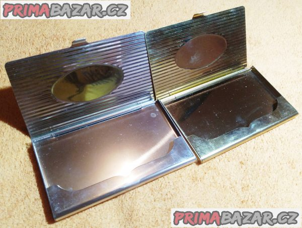 2x kovové pouzdro na vizitky.