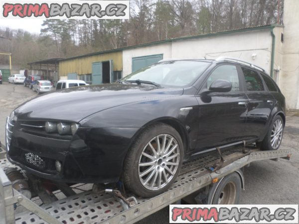 Alfa Romeo 159 1.9 mjet 110 kw rv 2007 najeto 214 tis km bez koroze dovoz Itálie