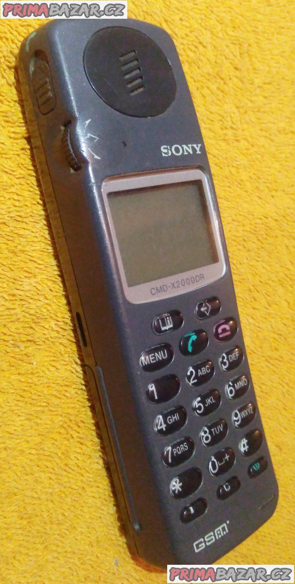 Sběratelský mobil SONY CMD-X2000DR!!!