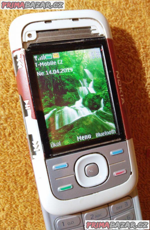 Vysouvací Nokia 5300 - funguje částečně.