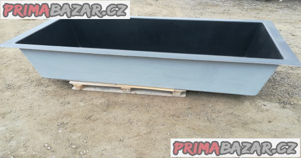 Obdélníková sklolaminátová nádoba 70x140  H-60cm.