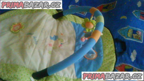 Daruji hraci deku pro miminka