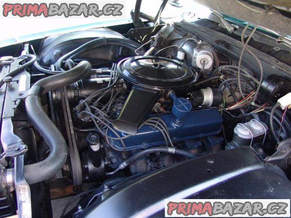 Motor 472 cu in (7.7L)