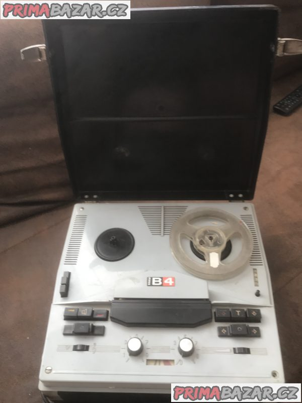 Magnetofon Tesla B4 - ANP220, ANP221