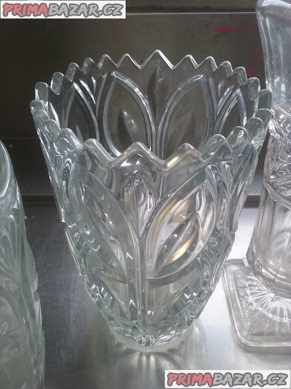 Skleněné vázy na květiny