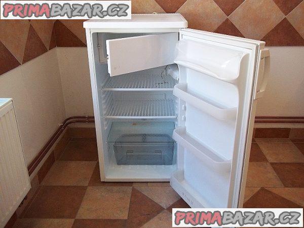 Lednice s mrazáčkem ZANUSSI