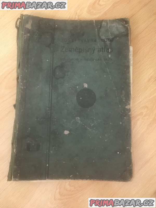Vávruv zeměpisny atlas z roku 1905.