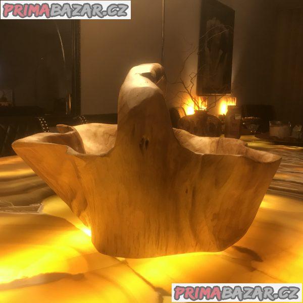 Velká ručně vydlabaná dřevěná mísa z USA