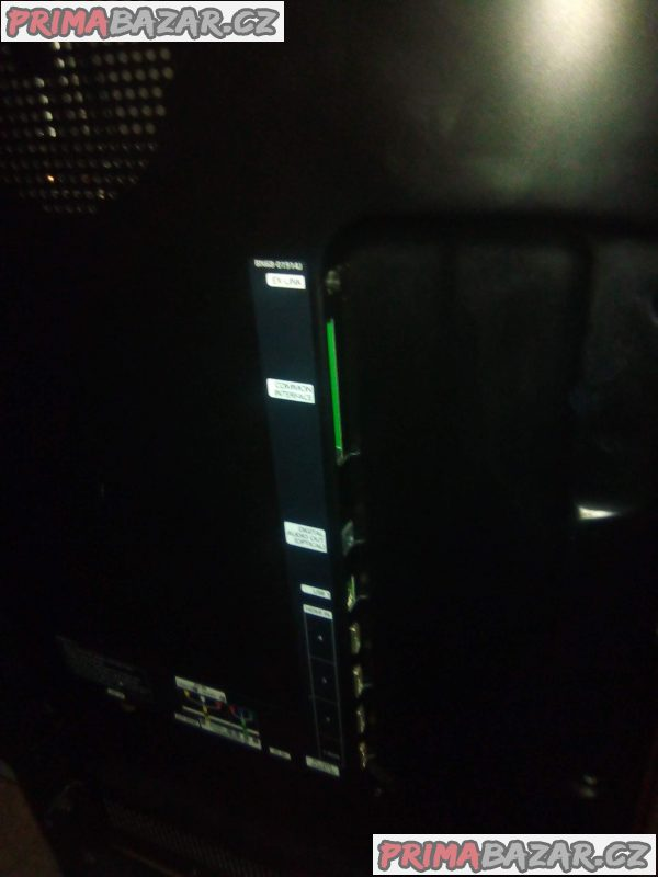 TV 125 cm a 125 a jedna 50 cm volejte
