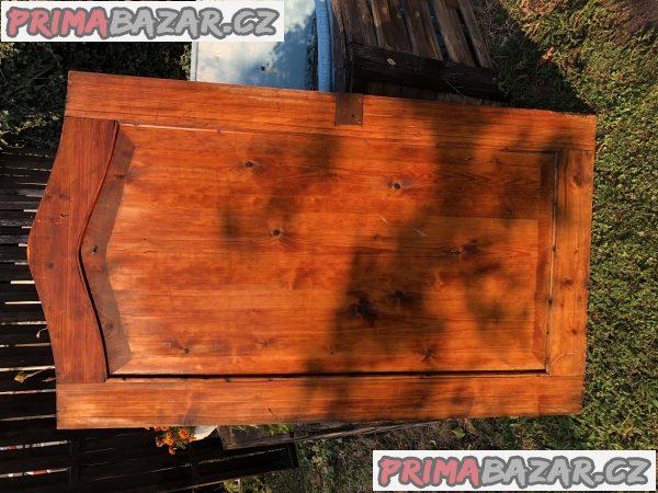 starožitné dřevěné dveře k almaře rok 1920-25