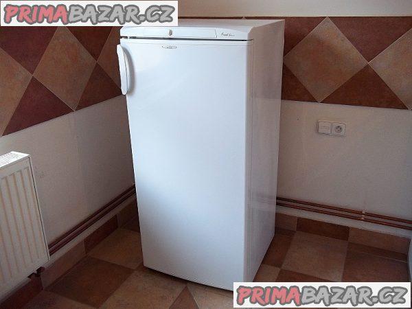 Lednice s mrazáčkem AMICA