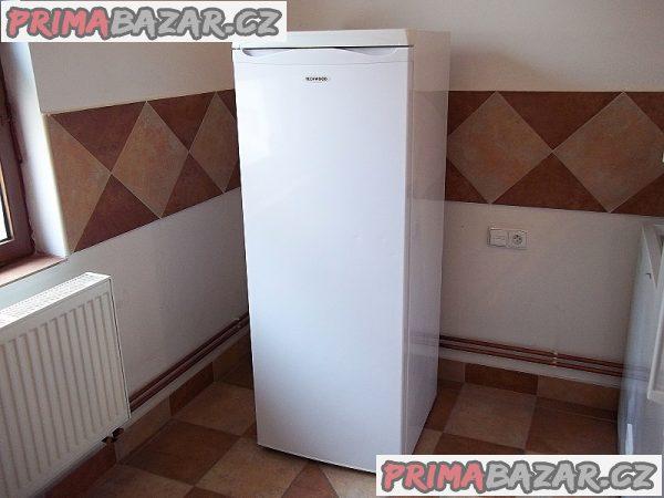 Chladnice bez mrazáčku TECHWOOD 253 litrů